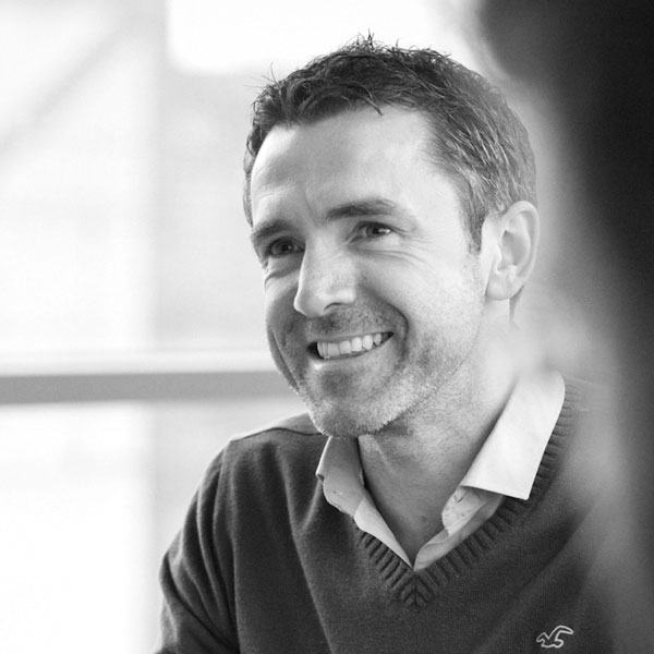 Dr Séamus Lawless