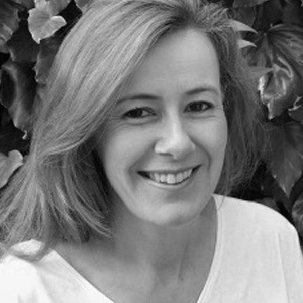 Dr Susan Flavin